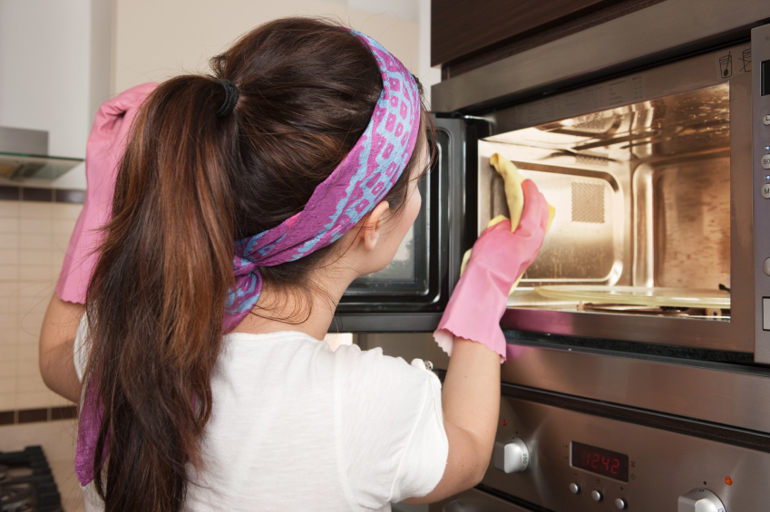Signs That It Is Time To Replace Your Microwave Oven